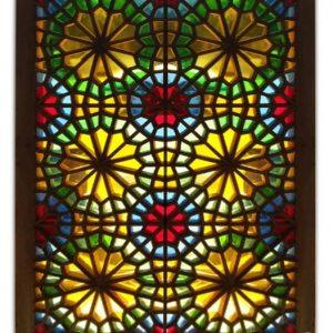 پنجره شیشه رنگی گره چینی اصیل